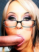 Aleska Diamond sucks in glasses