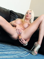 Amazing Puma Swede with nice body